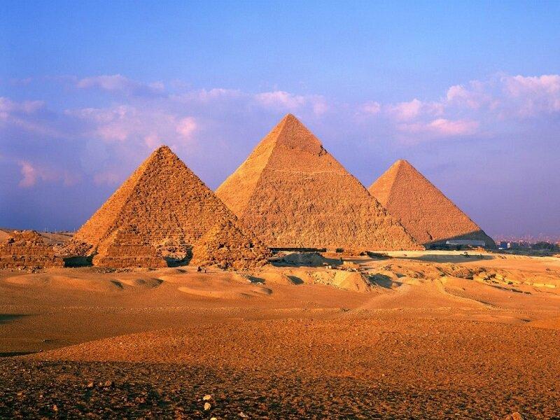 Семь чудес света - Пирамиды Гизы