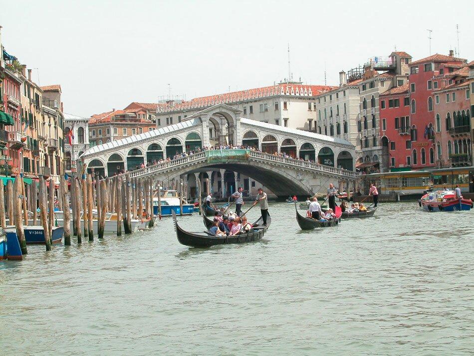 Италия. Гондолы Венеции
