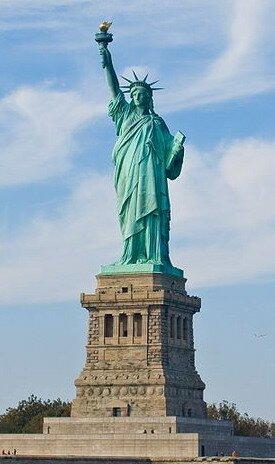Статуя Свободы - достопримечательность Нью-Йорка
